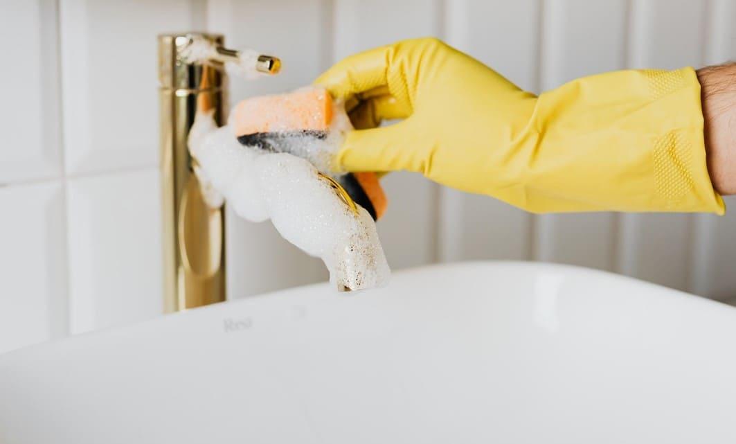как чистить смеситель