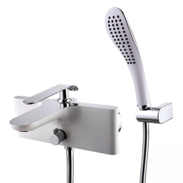 Однорычажный смеситель для ванны с коротким изливом Lemark MELANGE LM4914CW